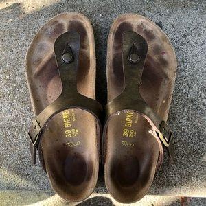 Birkenstock Gizeh bronze copper footbed sandals